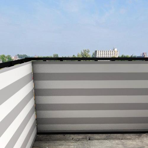 Balkonafscheiding-gestreept-grijs.jpg