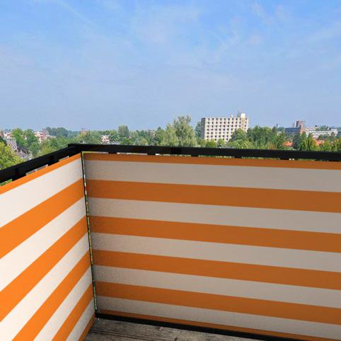 Balkonafscheiding-gestreept-oranje.jpg